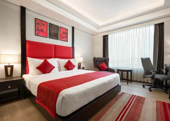 Ramada-Encore-Jalandhar—Executive-Guest-Room