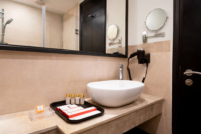 Ramada-Encore-Jalandhar---Club-Guest-Bathroom-