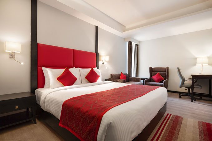 Ramada-Encore-Jalandhar---Club-Guest-Room